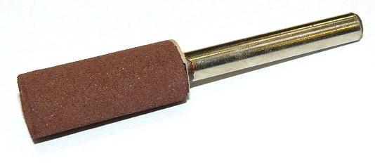 Brusná tělíska válcová - hnědý korund s pryžovým pojivem