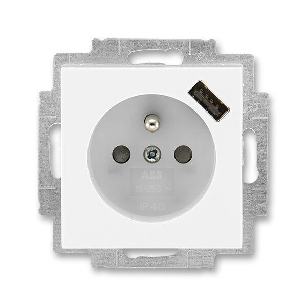 ABB 5569H-A02357 01 Zásuvka 1násobná s kolíkem, s clonkami, s USB nabíjením